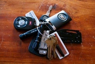 Illustration for article titled Do Your Car Keys Weigh Too Much?