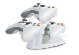Illustration for article titled Turn Your Xbox Controllers Into an Inductive Charging Spaceship