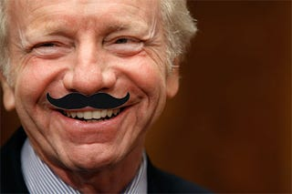 Illustration for article titled Filibuster: Joe Lieberman Continues To Be A Jerk Of The First Order