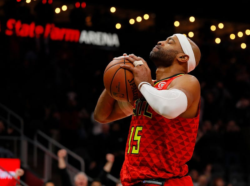 new concept 7fd8c 6aede NBA Vet Vince Carter Makes History for Longest Playing ...