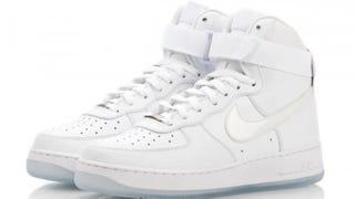 Nike Air Force 1Twitter