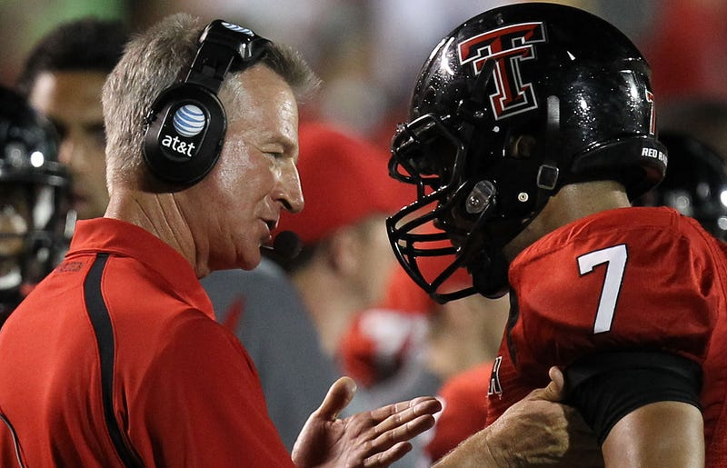Illustration for article titled Tommy Tuberville Is Going To Cincinnati Even Though There Will Hardly Be A Big East To Greet Him When He Gets There