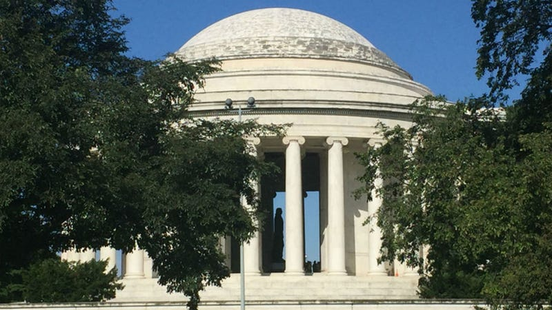 The Jefferson Memorial is being covered in slime. Photo Credit: National Parks Service