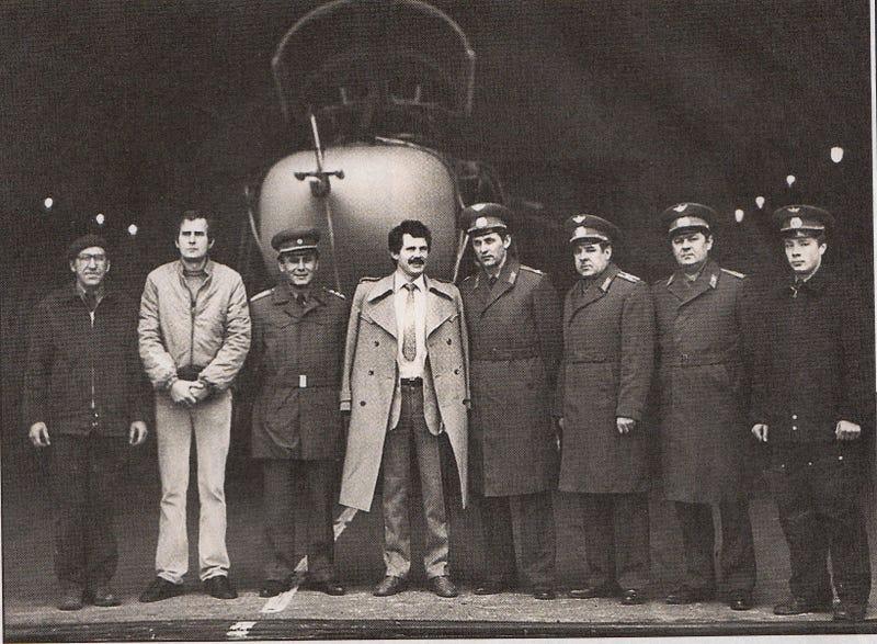 Illustration for article titled A tökrészeg szovjet ezredes és a debreceni katonai reptér atomtitkai