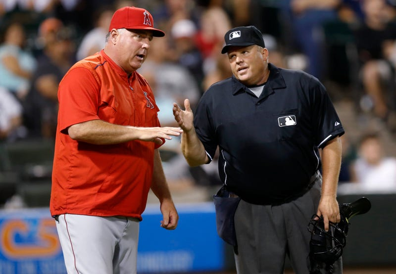 """Illustration for article titled Mike Scioscia Called """"Bush League"""" For Trying To Freeze Opposing Pitcher"""