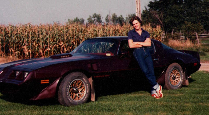 Illustration for article titled A dump of Trans Am drivers with mullets.. because stereotype!