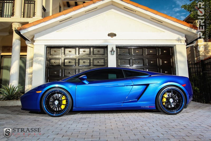 0d46353d4e83 Illustration for article titled Lamborghini Color of the Day  Caelum Blue