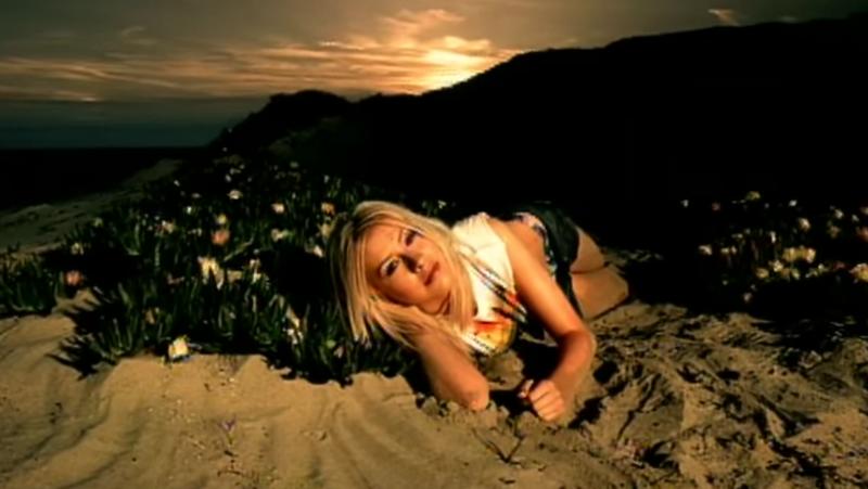 "Screenshot: ""Genie In A Bottle""/YouTube"