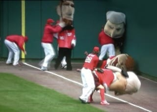 """Illustration for article titled Jayson Werth Meddled With The Nationals """"Presidents Race"""" Again Today"""