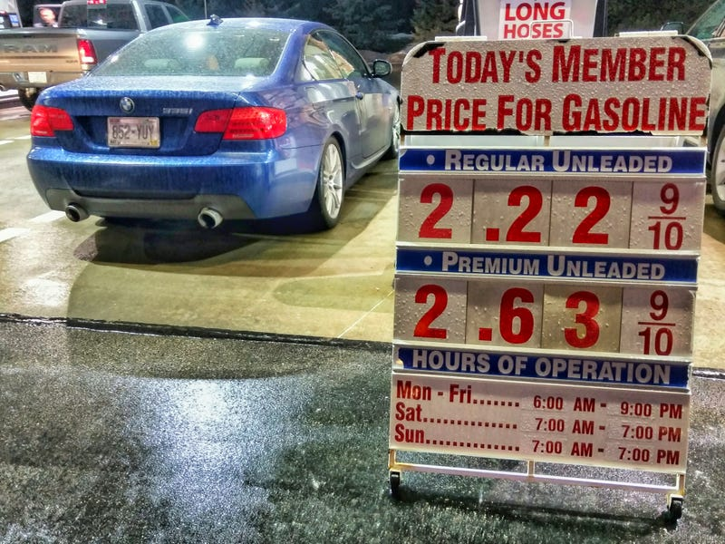 Illustration for article titled If your car needs premium gas you really should fill up at Costco