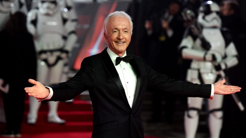 Illustration for article titled Anthony Daniels is teasing something on Twitter, and it's not as cute as he thinks it is