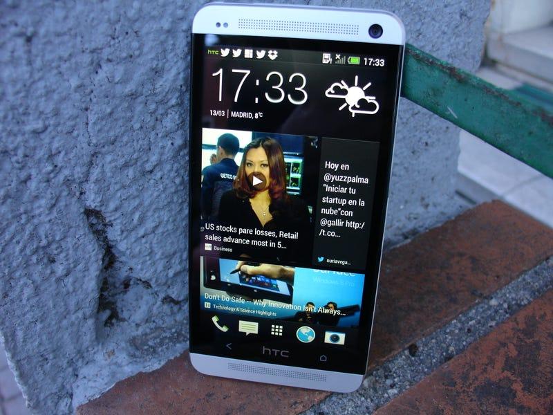 Illustration for article titled HTC cierra el menor beneficio de su historia tras el retraso del HTC One