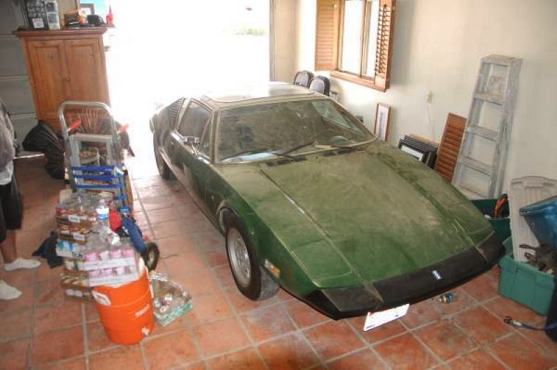 Illustration for article titled Could This Long-Garaged 1974 De Tomaso Pantera Grab $47,500?
