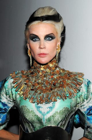 Illustration for article titled What's The Deal With....Daphne Guinness?