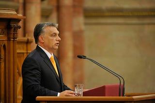 Illustration for article titled Tudjátok, mit mondott Orbán Viktor a Parlamentben? Semmit!