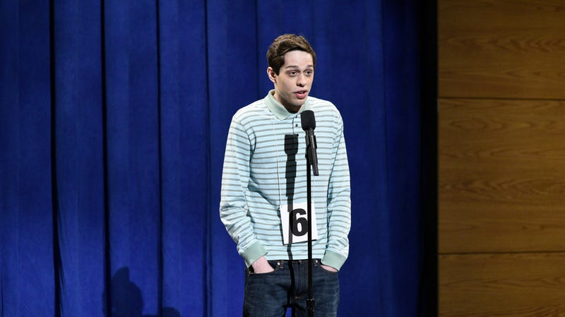 Illustration for article titled Pete Davidson opens up about dating while living with mental illness