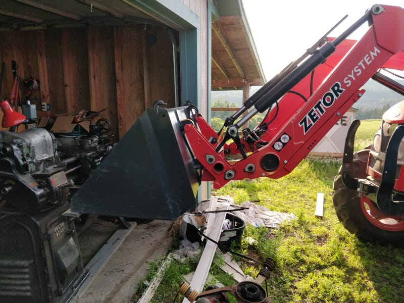 Based on how much the truck squated and the tires squished on the Zetor, I think it weighs more than 800lbs.