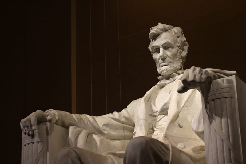 Illustration for article titled Lincoln Memorial