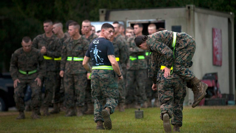 the pull up test for female marines has been delayed again
