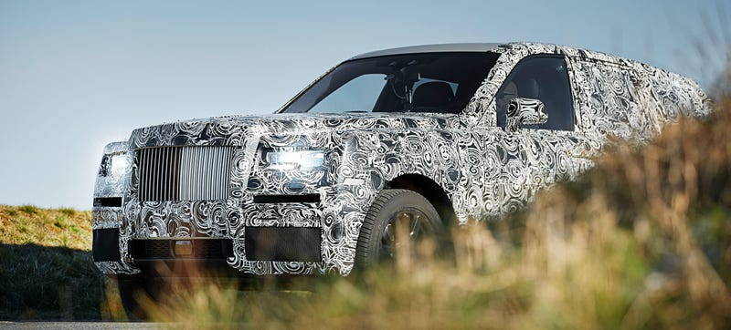 Illustration for article titled The Rolls-Royce SUV Is Going To The Arctic, Luxuriously