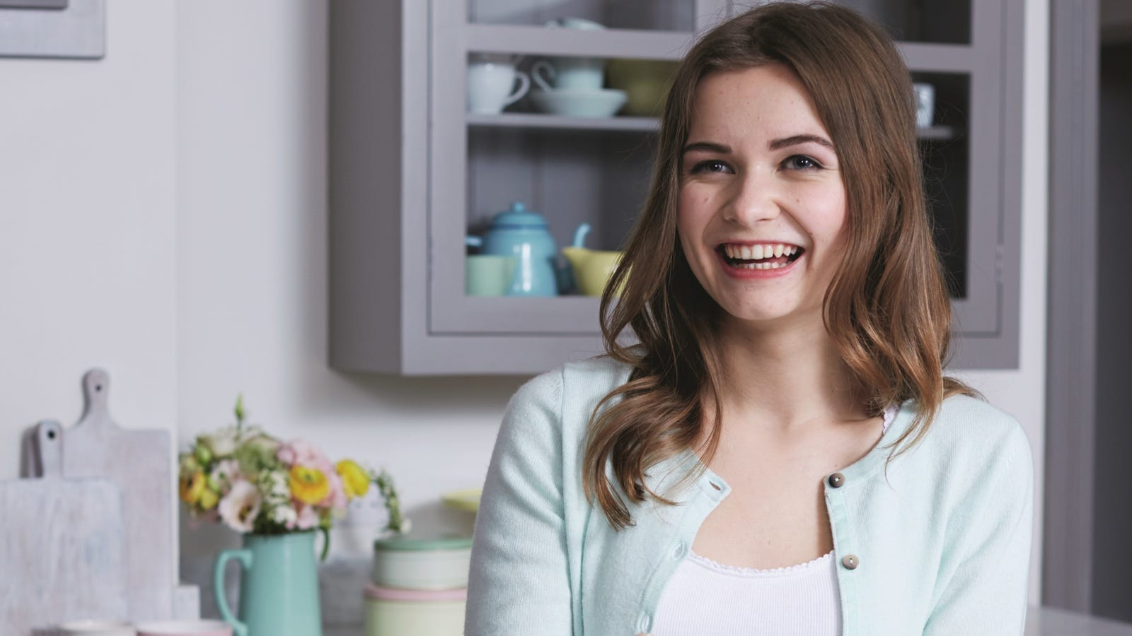Great British Baking Show's Martha Collison offers her ...