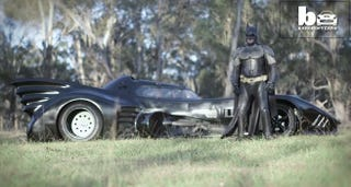 Illustration for article titled Australian Batman has a Street-Legal Batmobile to cheer sick Kids up