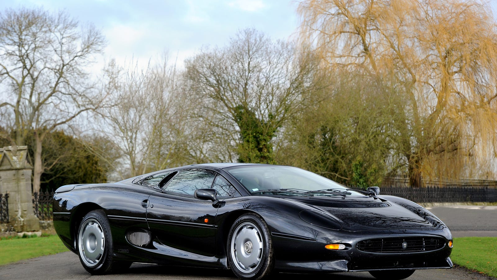 Jaguar Xj220 For Sale >> Has Jaguar ever made an ugly car?