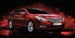 Illustration for article titled 2011 Hyundai Sonata: Now With Even More Camry-Like Style!