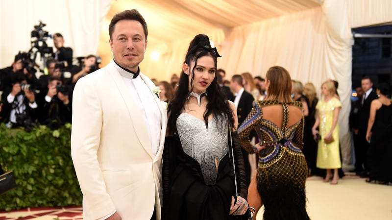 Illustration for article titled Did Grimes and Elon Musk Break Up??