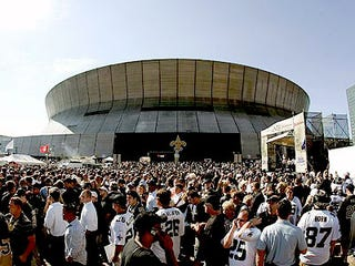 Illustration for article titled Saints Fans Just Up And Forget How This Whole Ticket Thing Works Again
