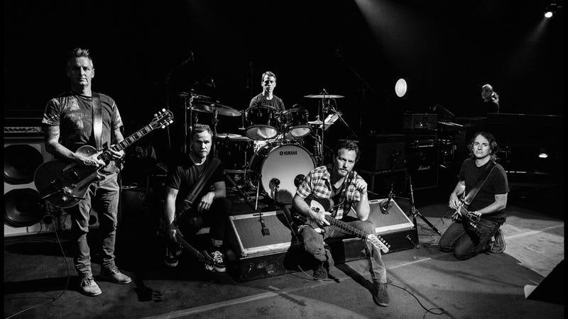 Illustration for article titled The Same Old Song: Pearl Jam, Lightning Bolt and the End of Alt-Rock