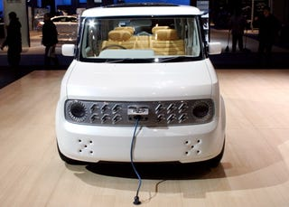 Illustration for article titled Nissan Cube Coming To US, Electric Version Still A Concept