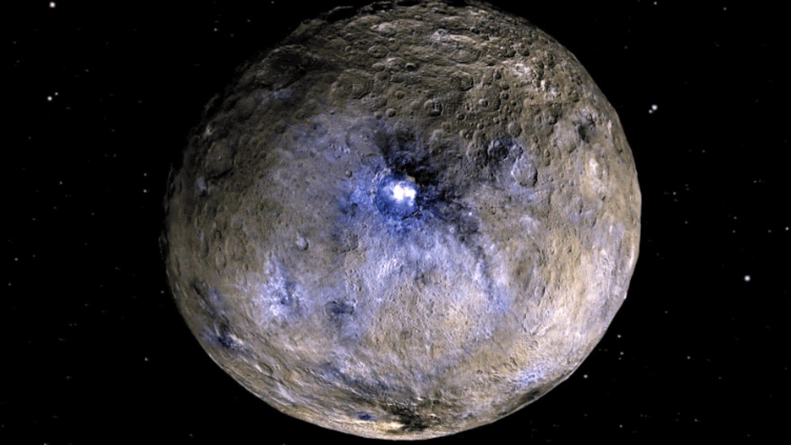 Los astrónomos dan con una solución para el enigma de los puntos brillantes de Ceres