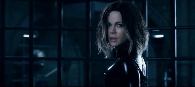 Illustration for article titled Kate Beckinsale Dons Her Leather Battlesuit Yet Again for the NewUnderworld: Blood Wars Trailer