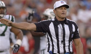 Illustration for article titled Ed Hochuli Says The Beach Is *Flexes* THATAWAY