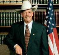 Illustration for article titled Sheriff Charged With Raping, Sodomizing & Bribing Female Prisoners