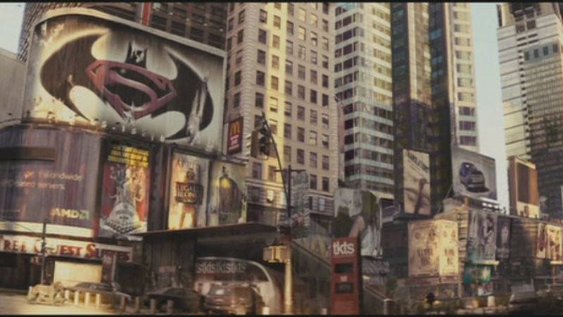 Illustration for article titled I Am Legend predicted the combination Superman/Batman movie back in 2007