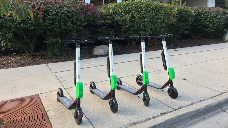 Illustration for article titled My mom is very annoyed by some Lime e-scooters parked in her neighborhood
