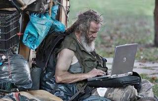 Illustration for article titled He May Be Homeless, But At Least He Has Facebook