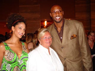 Illustration for article titled Alonzo Mourning's Accused Of Being Deadbeat Casino Space User