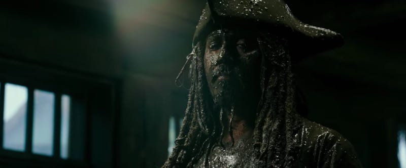 Illustration for article titled Captain Jack Is Back In the Pirates of the Caribbean 5 Super Bowl Spot