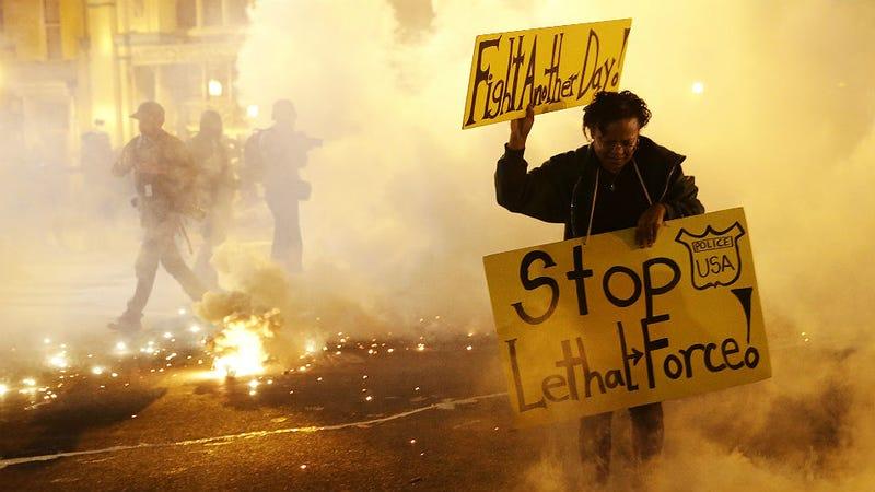 Illustration for article titled Geraldo Rivera, Don Lemon & the Media's Race to the Bottom in Baltimore