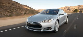 Illustration for article titled The Tesla Model S P85D Is So Good It Broke The Scale At Consumer Reports