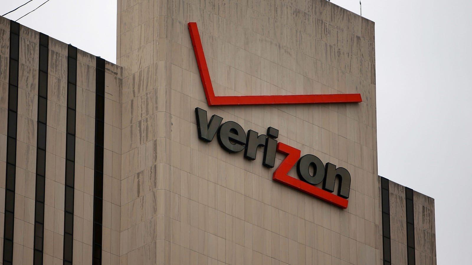Verizon and AT&T Reportedly Under DOJ Investigationfor Potential Collusion