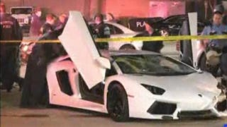 Illustration for article titled Man Crashes Week-Old Lamborghini Aventador Into Cars, People