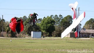 Illustration for article titled Holy Crap!  A Skydiver Takes Down A Plane And Both Survive