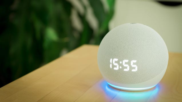 How to Change Alexa's Voice on Amazon Echo, Finally