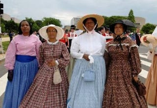 Female Re-Enactors of Distinction at a National Memorial Day Parade in D.C. (Pat Tyson)