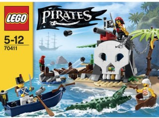 Illustration for article titled New pictures of 2015 Lego City, Creator, Friends, Ninjago and Pirates themes