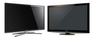 Illustration for article titled The Best 3DTV: Samsung UN55C7000 vs Panasonic TC-P50VT20